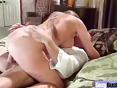 Cute Milf Housewife (darla crane) With Big Round Boobs Enjoy Hard Mating clip-09