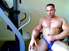 natural personally straight guy flexing and stroking on webcam - sexyladcams.com