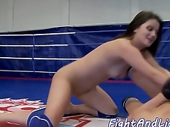 Glam babe rimjobs her opponent
