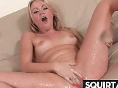 SQUIRT GIRL 21