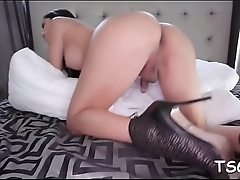 Slutty tgirl wanks her prick
