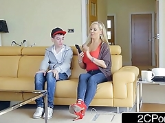 Horny British Mom Rebecca Moore Fucks Her Daughter'_s Boyfriend Jordi