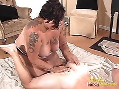 Tattooed brunette fatty likes nailing her hung man&rsquo_s unincumbered butthole