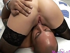 Office Slut Invites the Delivery Guy to Her Bed