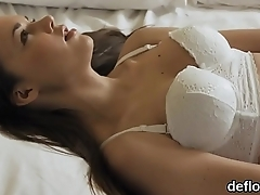 Sultry cutie gapes yummy vagina and loses virginity