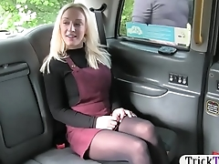 Amateur blondie gal in pantyhose railed by fake driver